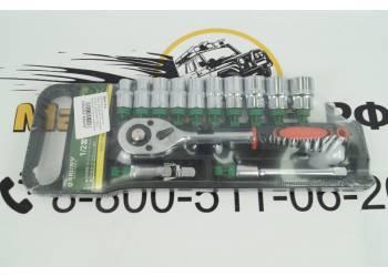 Набор инструмента 13 предм. (трещеткой 1/2, головки 10-22мм, удлинитель 125мм, карданчик) пластик. держатель