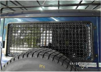 Защита заднего окна на УАЗ Хантер Сетка