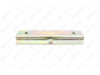 Зажим-пластина крепления АКБ нижняя (3151-00-3703118-95)