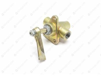Кран топливный в сборе переключения баков ПП6-2 (69-1104160)