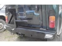 Обвес задний 469/Хантер ТАРАН-2 с переходником фаркопа (квадрат 50х50) с кронштейном крепления запасного колеса к бамперу.