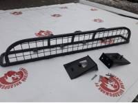 Люстра на УАЗ 452 под галогенки или светодиодные фары с защитой (сетка 50х50)
